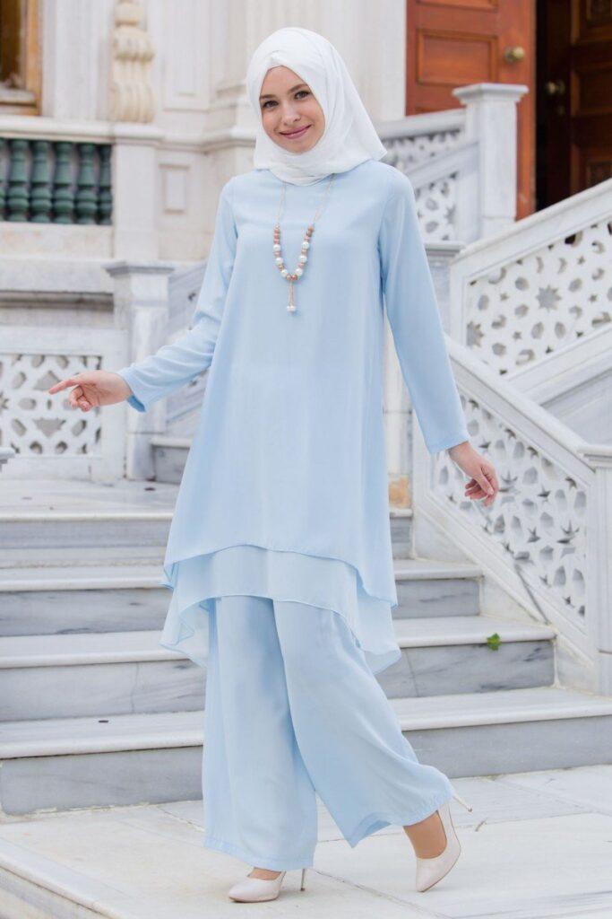 Tesettür Giyimin Sevilen Parçaları: Tunikler