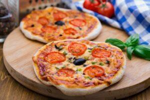bazlamadan-pizza-tarifi-300x200